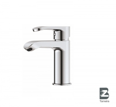 L-6007 Single-Handle Bathroom Water Tap Basin Faucet in Chrome