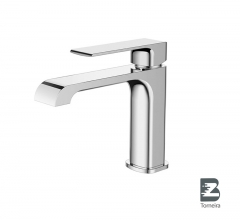 L-6004 Single-Handle Bathroom Water Tap Basin Faucet in Chrome