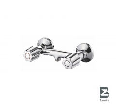 D-7005 Two Handle Bathroom Shower Faucet in Chrome